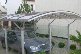 Enkelt fritstående carport
