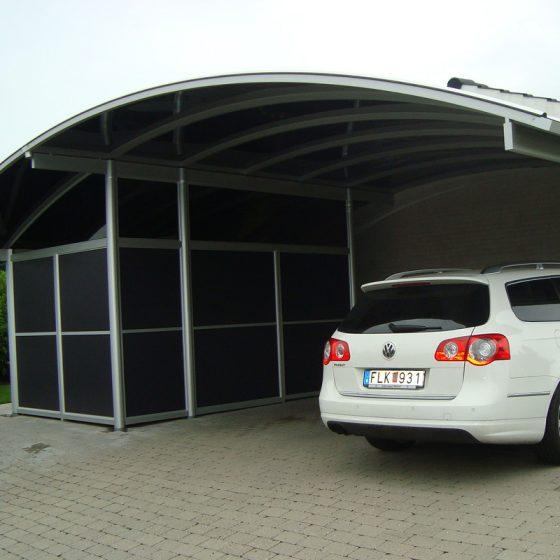 Specialbygget dobbelt carport