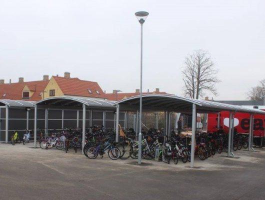 Cykelskure-og-lukkede-skure