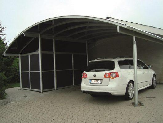 Dobbelt Specialbygget Carport Med Stort Redskabsrum
