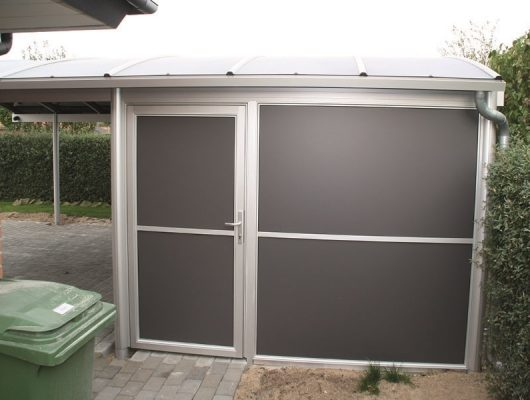 fritstaaende-carport-kvalitet-med-redskabsrum-8722-hedensted