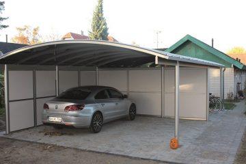 Dobbelt carport med redskabsrum fritstående med plads til cykler