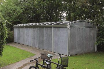Lukket cykelskure i aluminium med galvaniseret stål beklædning.