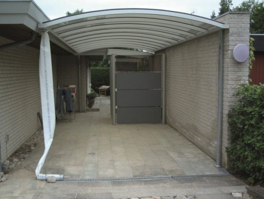vaeghaengt-carport-specialbygget-3400-hilleroed